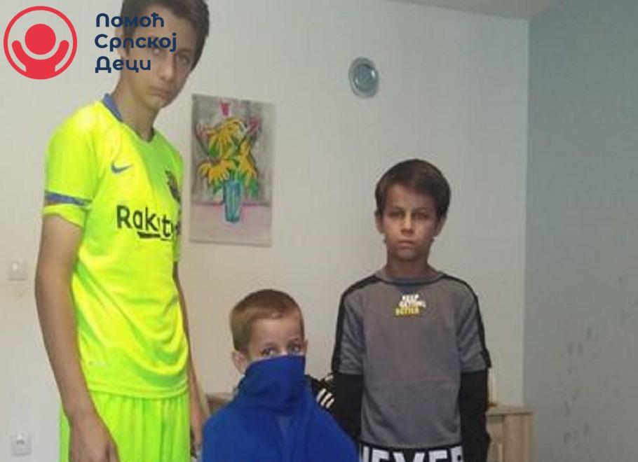 Donacija garderobe za porodicu Pavlović 1